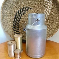 Pot à Lait Ancien en Aluminium