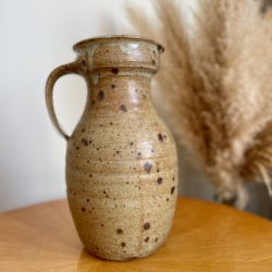 Grand vase en grés moucheté